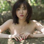 """""""モモニンジャー""""山谷花純、20歳のセクシー美ボディに反響"""