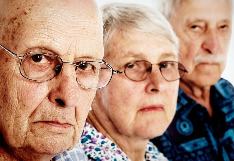 【人生100年時代】60歳以上の「期待」と3、40代の「不安」、1,000人調査で浮き彫りに。