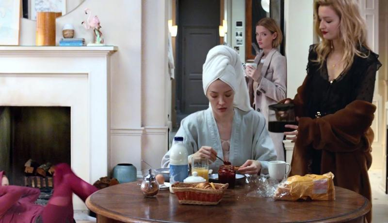 H&Mの秋服コレクション動画が公開!1人の女性が6人の様々なライフスタイルを表現