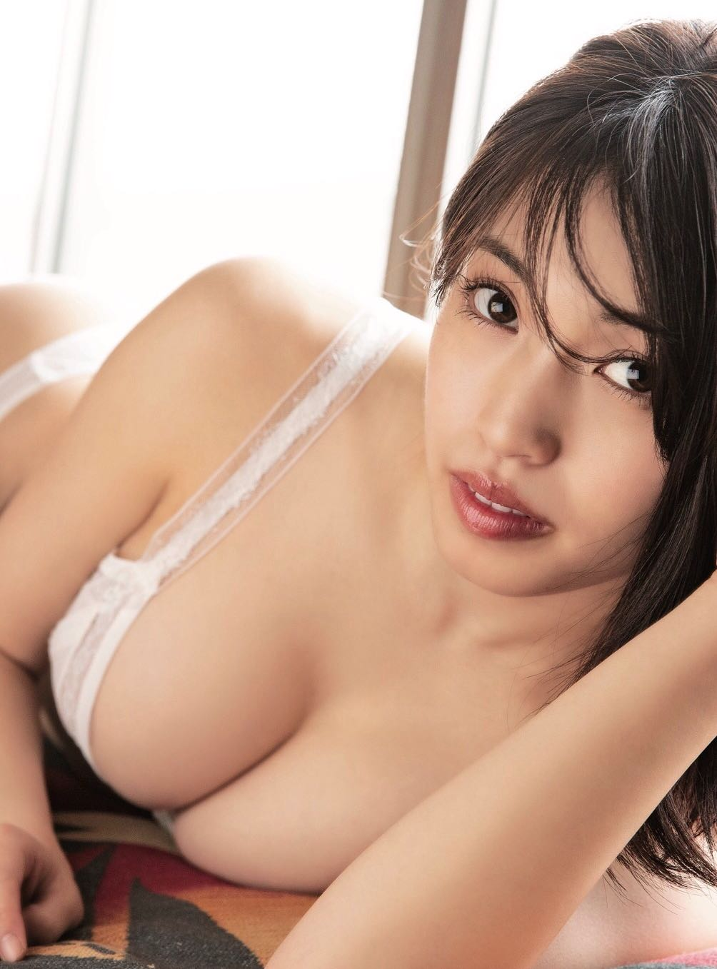CHERRSEE・MIYU、話題のFカップ歌姫の1st写真集リリース決定!オファー理由は「天真爛漫な色気」