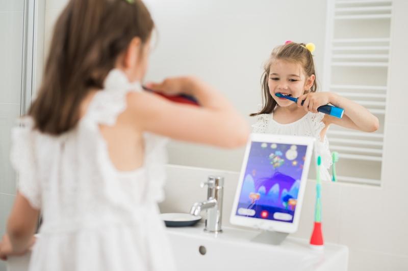 ママ大助かり!ゲームアプリを楽しみながら歯磨きできる子ども向けIoT製品が登場