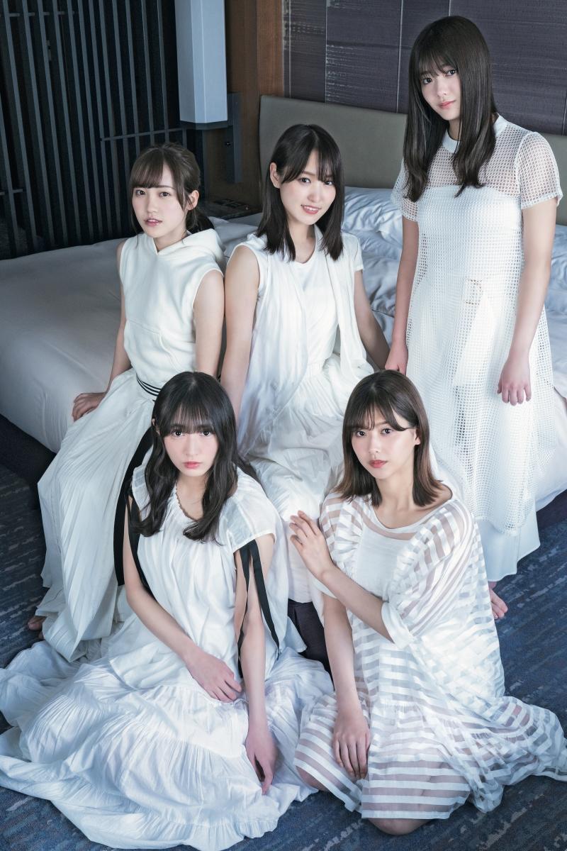 雑誌「B.L.T.」で欅坂46を大特集!50ページのボリュームでメンバー15人が登場!