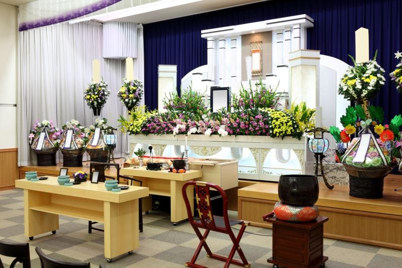 「葬儀」において遺体の表情にショックを受ける人が多数。生前の姿に近づける技術「エンバーミング」とは